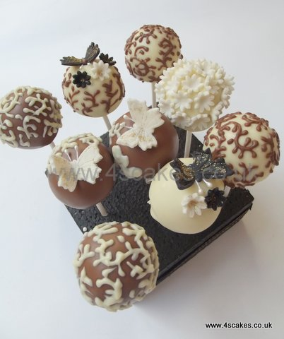 Wedding cake pops by Bromley Wedding cake maker
