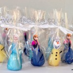 Disney Frozen theme cake pops all ready and packed