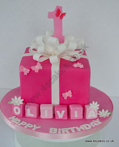 Imagechef Birthday Cake Maker : First Birthday Cakes and Cup cakes for Beckenham,Dulwich ...